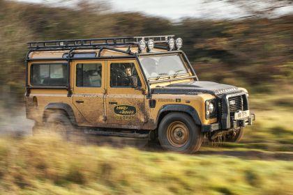 2021 Land Rover Defender Works V8 Trophy 21