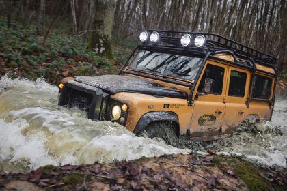 2021 Land Rover Defender Works V8 Trophy 25