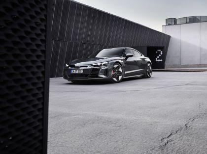 2022 Audi RS e-tron GT 1