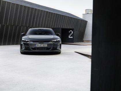 2022 Audi RS e-tron GT 4