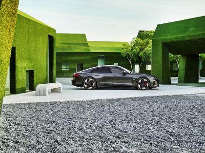 2022 Audi RS e-tron GT 10