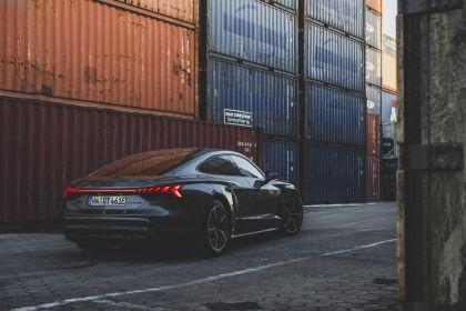 2022 Audi RS e-tron GT 59
