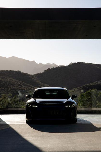 2022 Audi RS e-tron GT 165