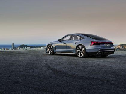 2022 Audi e-tron GT quattro 6