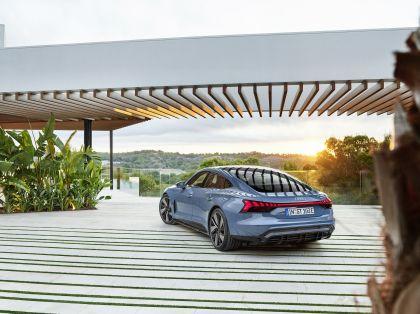 2022 Audi e-tron GT quattro 13