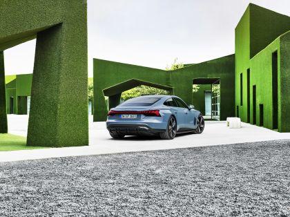 2022 Audi e-tron GT quattro 16