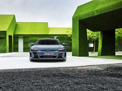 2022 Audi e-tron GT quattro 18