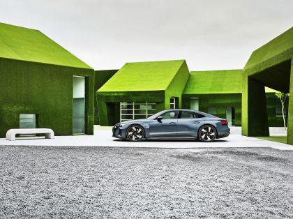 2022 Audi e-tron GT quattro 19