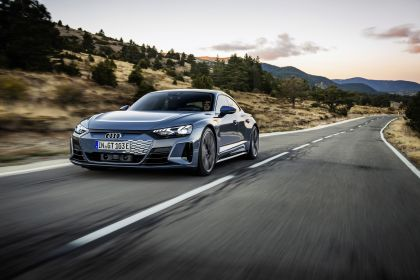 2022 Audi e-tron GT quattro 23