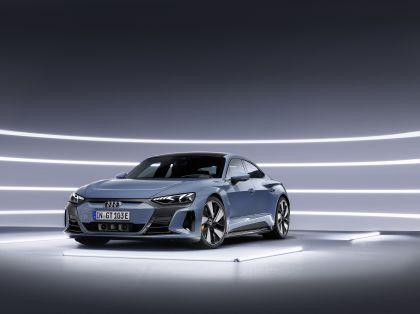 2022 Audi e-tron GT quattro 24