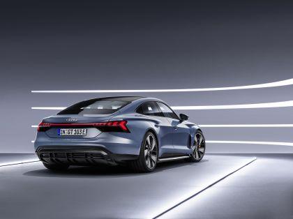 2022 Audi e-tron GT quattro 25