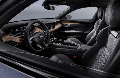 2022 Audi e-tron GT quattro 31