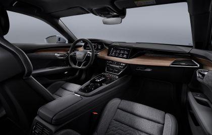 2022 Audi e-tron GT quattro 32