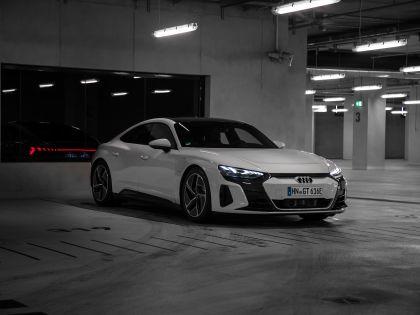 2022 Audi e-tron GT quattro 102