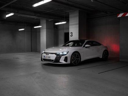 2022 Audi e-tron GT quattro 105