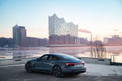 2022 Audi e-tron GT quattro 122