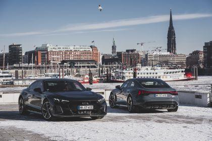 2022 Audi e-tron GT quattro 123