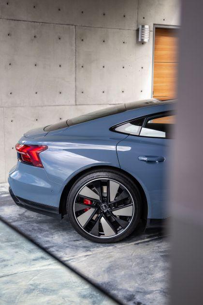 2022 Audi e-tron GT quattro 173