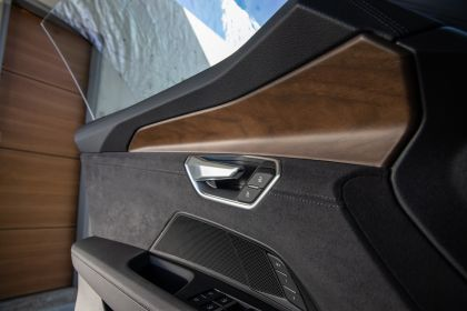 2022 Audi e-tron GT quattro 180
