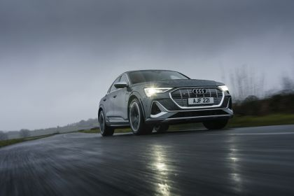 2021 Audi e-tron S Sportback quattro - UK version 24