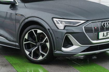 2021 Audi e-tron S Sportback quattro - UK version 69