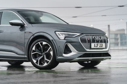 2021 Audi e-tron S Sportback quattro - UK version 71