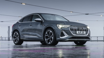 2021 Audi e-tron S Sportback quattro - UK version 4