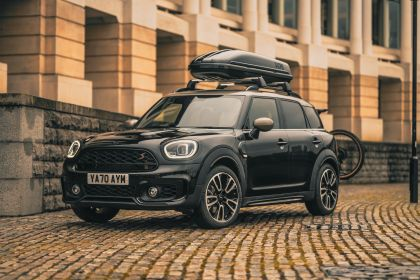 2021 Mini Countryman Cooper S Shadow Edition - UK version 3