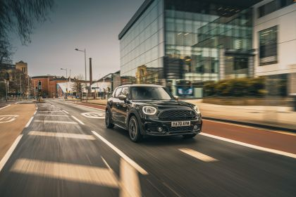 2021 Mini Countryman Cooper S Shadow Edition - UK version 5