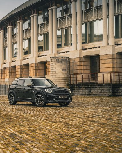 2021 Mini Countryman Cooper S Shadow Edition - UK version 9