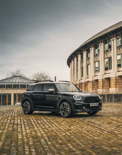 2021 Mini Countryman Cooper S Shadow Edition - UK version 10