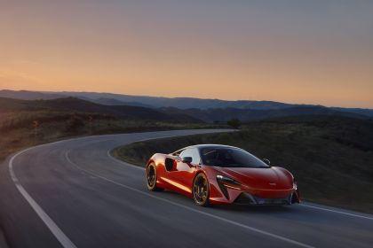 2022 McLaren Artura 1