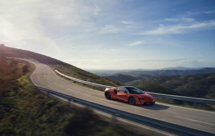 2022 McLaren Artura 6