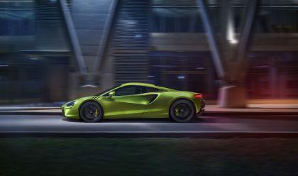 2022 McLaren Artura 18