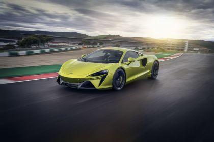 2022 McLaren Artura 22