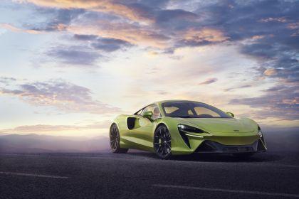 2022 McLaren Artura 23
