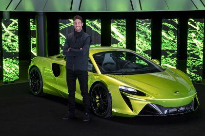2022 McLaren Artura 40