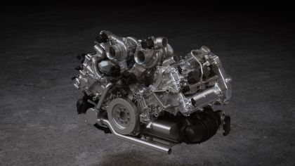 2022 McLaren Artura 48