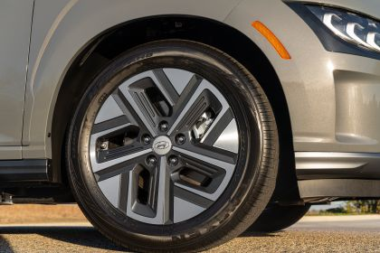 2021 Hyundai Kona Electric - USA version 16