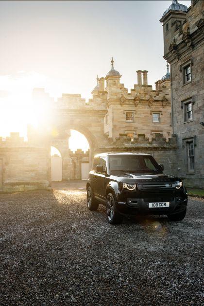 2022 Land Rover Defender 90 V8 1