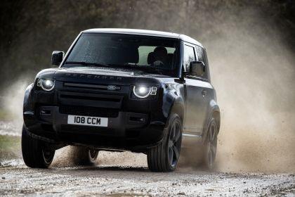 2022 Land Rover Defender 90 V8 10
