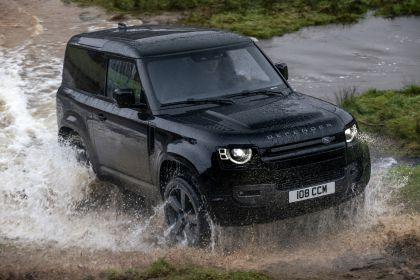 2022 Land Rover Defender 90 V8 12