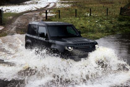 2022 Land Rover Defender 90 V8 13