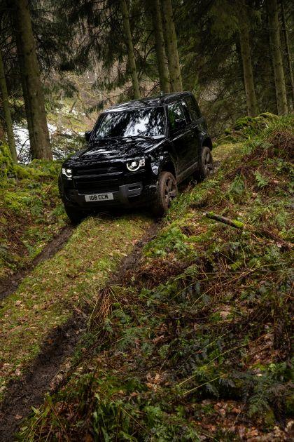 2022 Land Rover Defender 90 V8 16