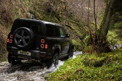 2022 Land Rover Defender 90 V8 17