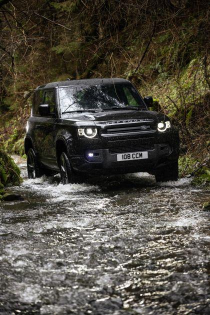 2022 Land Rover Defender 90 V8 19
