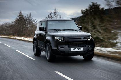 2022 Land Rover Defender 90 V8 25