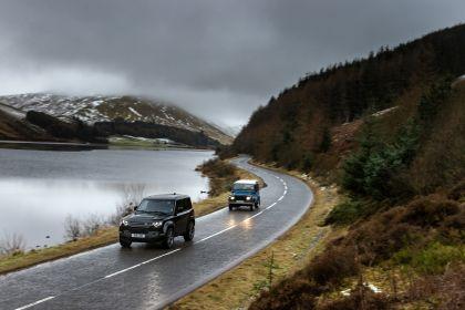 2022 Land Rover Defender 90 V8 32