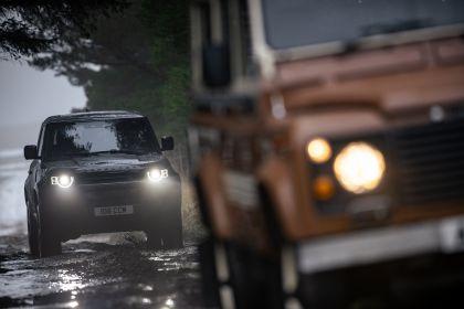 2022 Land Rover Defender 90 V8 48
