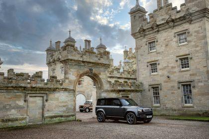 2022 Land Rover Defender 110 V8 1